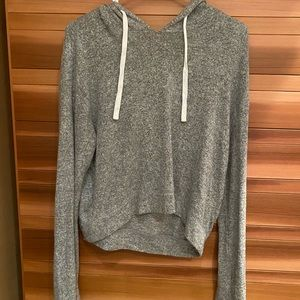 Soft cropped Hollister hoodie